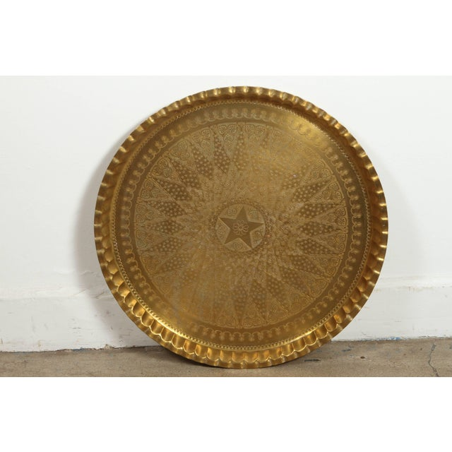 Large Syrian Hand-Hammered Brass Tray For Sale In Los Angeles - Image 6 of 10