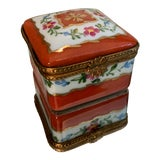 Image of 1980s Limoges Hand Painted Porcelain Trinket Box For Sale