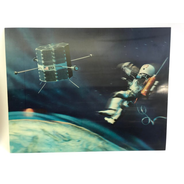 Lenticular Printing Lenticular Animation Moon Landing Astronaut Prints From 1966 - Set of 4 For Sale - Image 7 of 12
