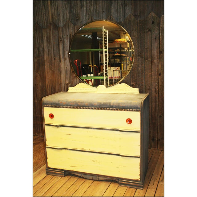 Vintage Distressed Art Deco Waterfall Dresser & Mirror - Image 2 of 11