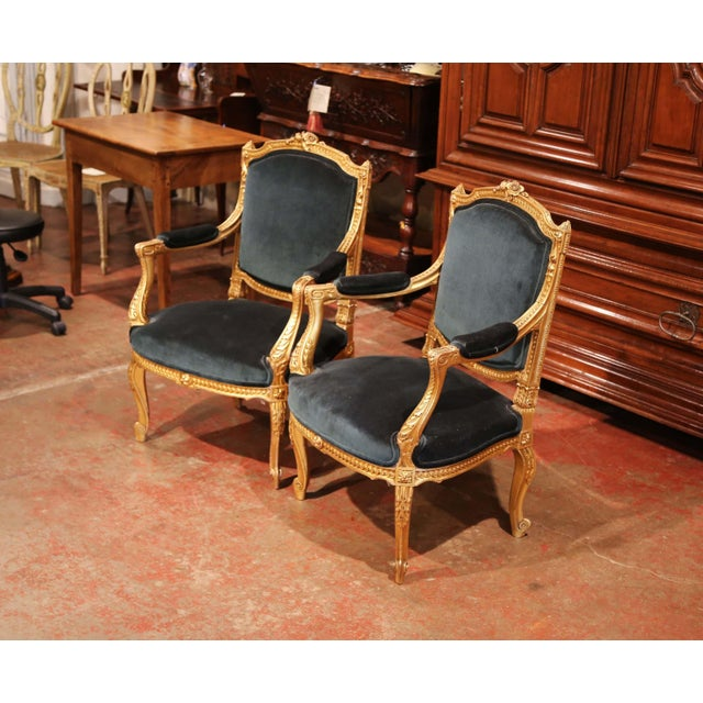 Green Pair of 19th Century French Louis XV Carved Giltwood Armchairs With Green Velvet For Sale - Image 8 of 11
