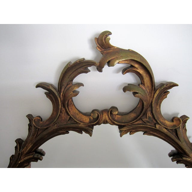 Mid 20th Century Italian Oval Gold Giltwood Carved Wall Mirror For Sale - Image 5 of 8