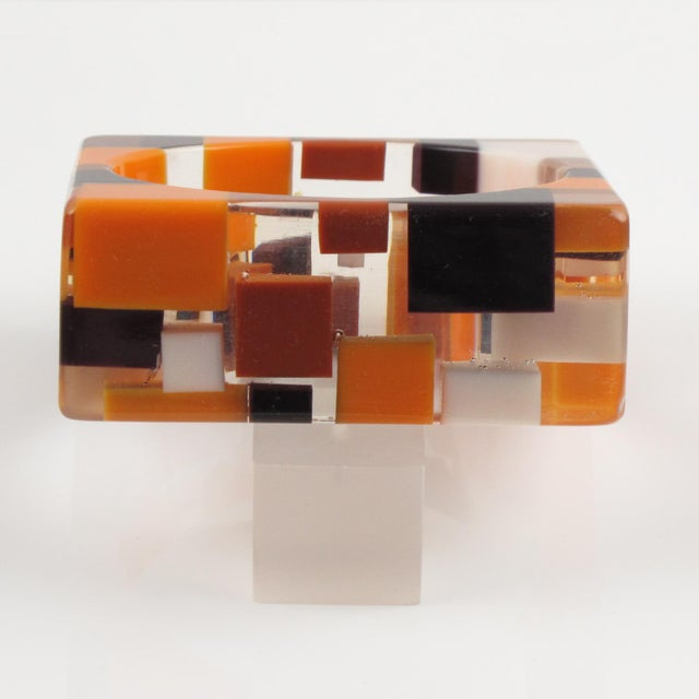 1980s Oversized Lucite Resin Bracelet Bangle Geometric Inclusions Orange Brown and White For Sale - Image 5 of 7
