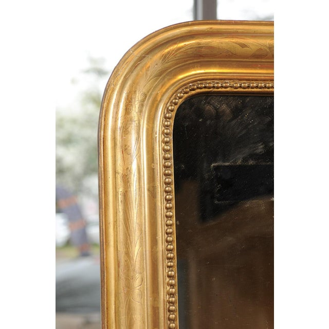 French 19th Century Louis-Philippe Giltwood Mirror with Foliage and Beading For Sale - Image 10 of 12