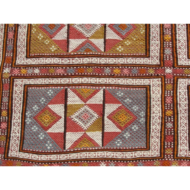 "Red Vintage Turkish Kilim Rug - 65.5′″ × 97"" For Sale - Image 8 of 13"