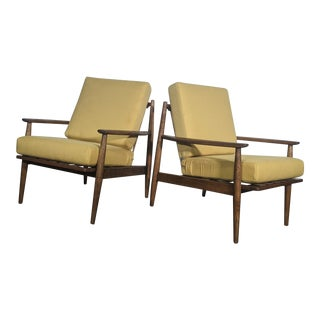 1950s Mid-Century Modern Viko Baumritter Solid Walnut Lounge Chairs - a Pair For Sale