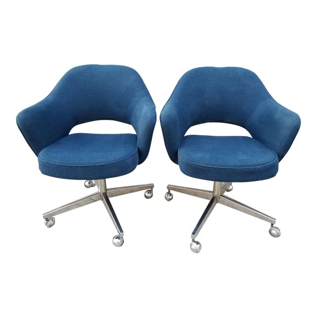 Mid Century Modern Eero Saarinen Executive Arm Chairs-A Pair For Sale