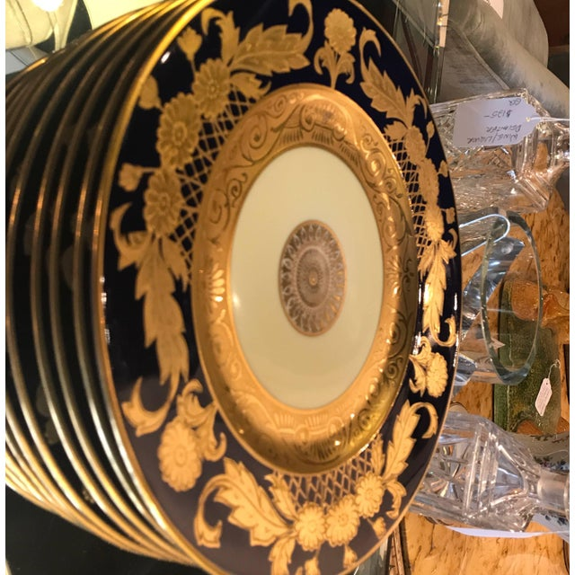 20th Century Edwardian Cobalt and Gilt Service Dinner Plates - Set of 12 For Sale - Image 4 of 10