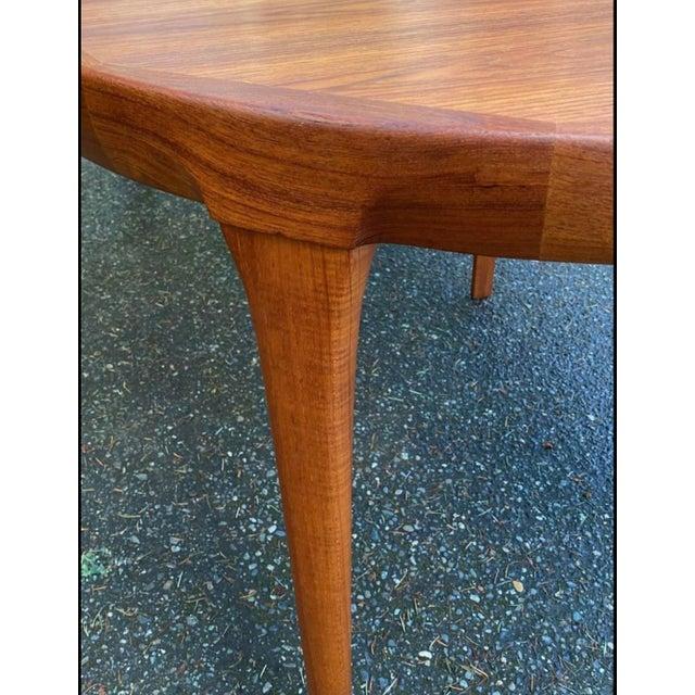1960s Vintage Ib Kofod Larsen Danish Mid Century Teak Round to Oval Dining Table For Sale - Image 5 of 6