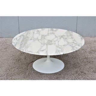 "1956 Mid-Century Modern Eero Saarinen for Knoll 36"" Round Marble Coffee Table Preview"