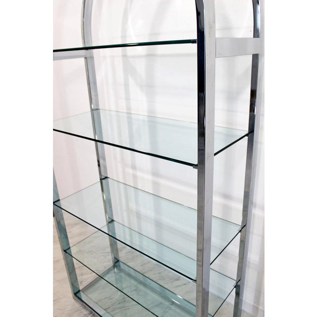 Late 20th Century Mid-Century Modern Tall Curved Chrome and Glass Étagère Shelving Baughman, 1970s For Sale - Image 5 of 7