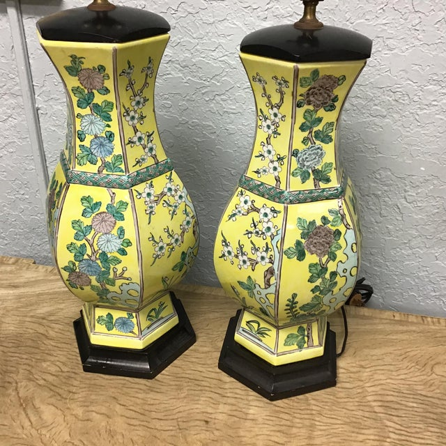 Ceramic Vintage Pair Chinese Famille Juane Style Lamps For Sale - Image 7 of 9