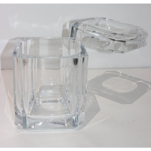 Vintage Lucite Ice Bucket With Cantilevered Lid For Sale - Image 4 of 11