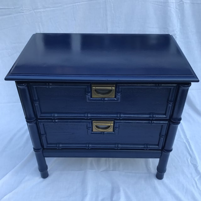 Hollywood Regency Navy Faux Bamboo Side Table For Sale - Image 3 of 6