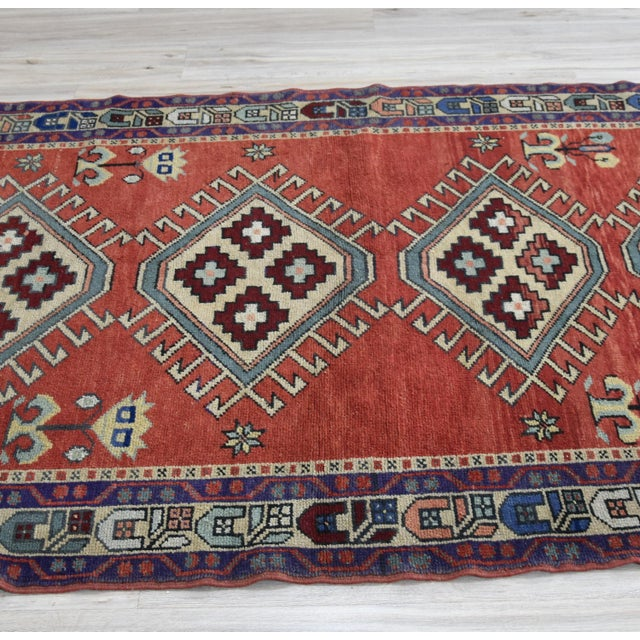 Vintage Oushak Wool Hand Knotted Rug - 4′6″ × 8′1″ - Image 8 of 11