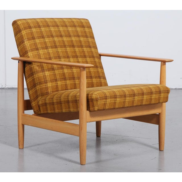 1970s 'Swan' Corner Sofa and Armchair - 2 Pc. Set For Sale - Image 9 of 10