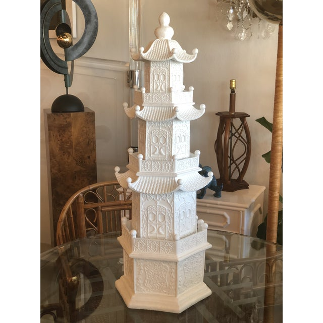 1970s Chinoiserie White Lacquered Pagoda Statue For Sale - Image 5 of 12