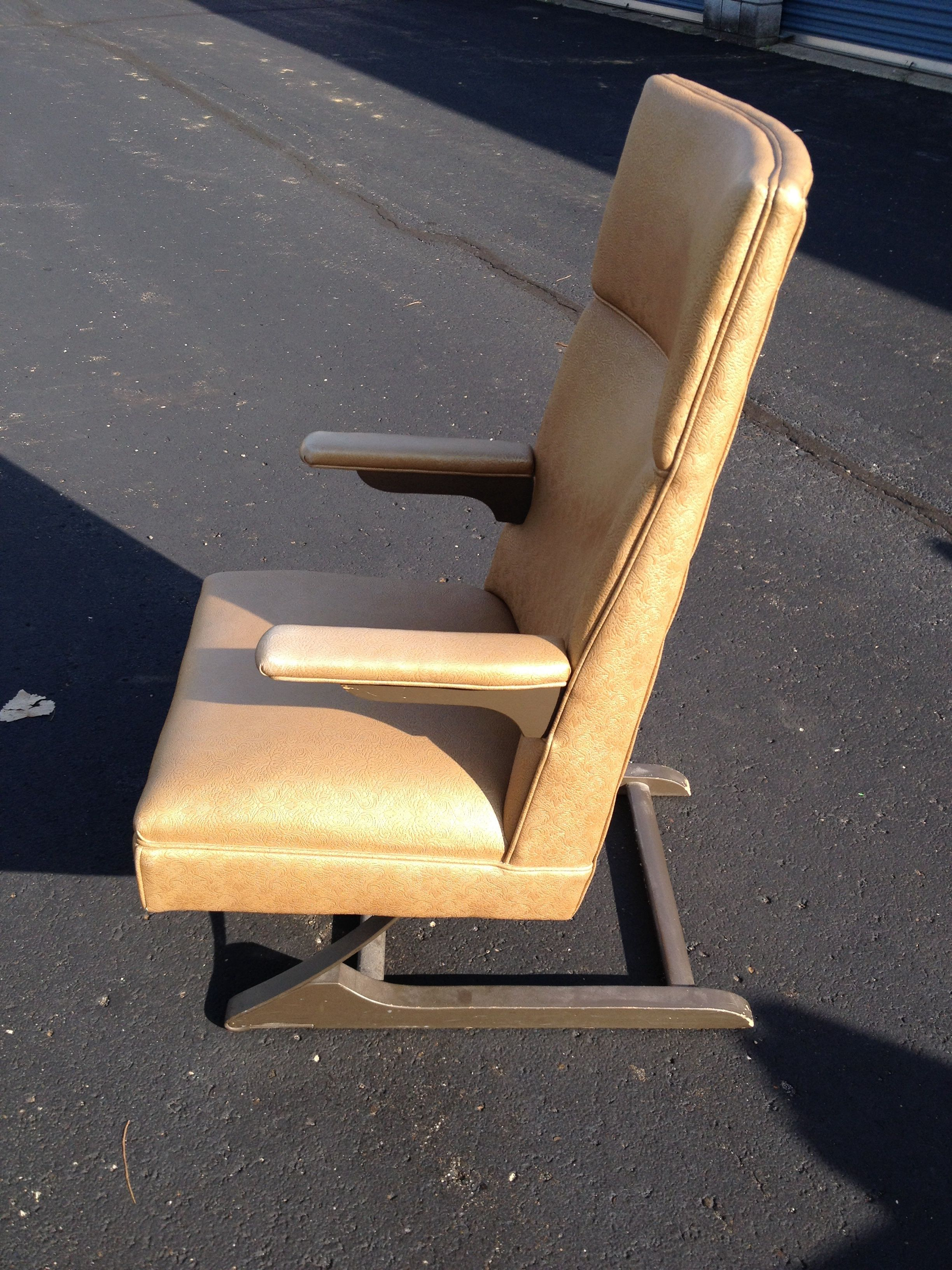 McKay Furniture Corp. Mid Century McKay Spring Rocking Chair For Sale    Image 4