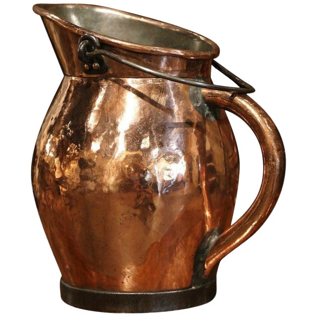 19th Century French Polished Copper and Iron Decorative Coal Bucket For Sale