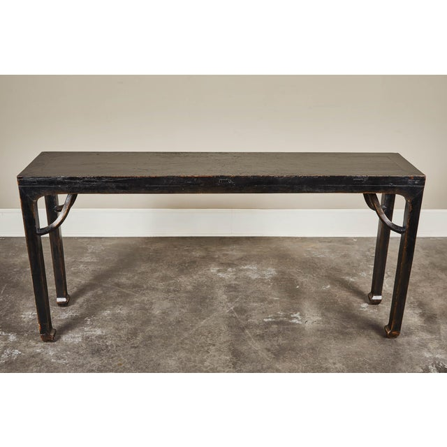 Mid 18th Century 18th C. Ming Black Crackled Lacquer Console Table For Sale - Image 5 of 10
