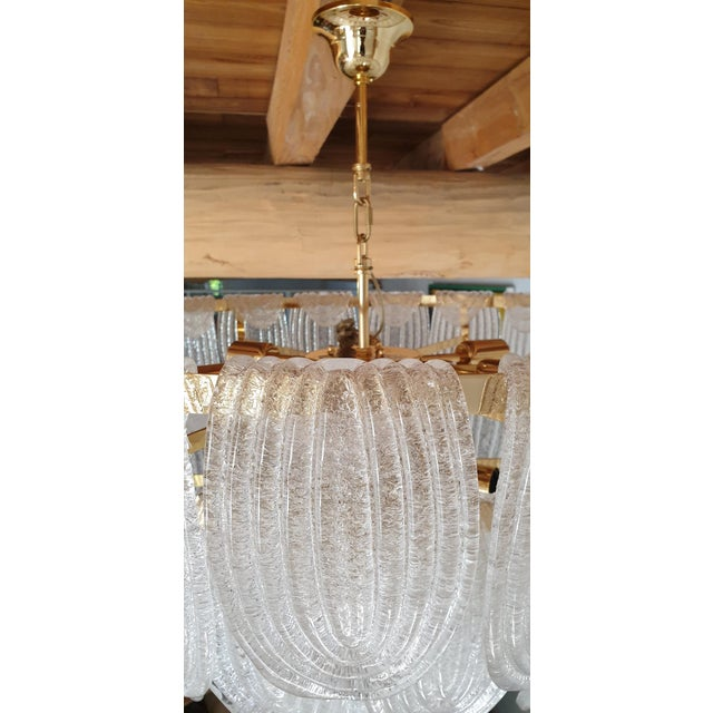 Large Mid-Century Modern Murano Glass Chandelier by Mazzega For Sale - Image 9 of 12