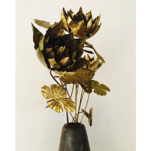 Brutalist Brass Flowers & Vase For Sale In New York - Image 6 of 8