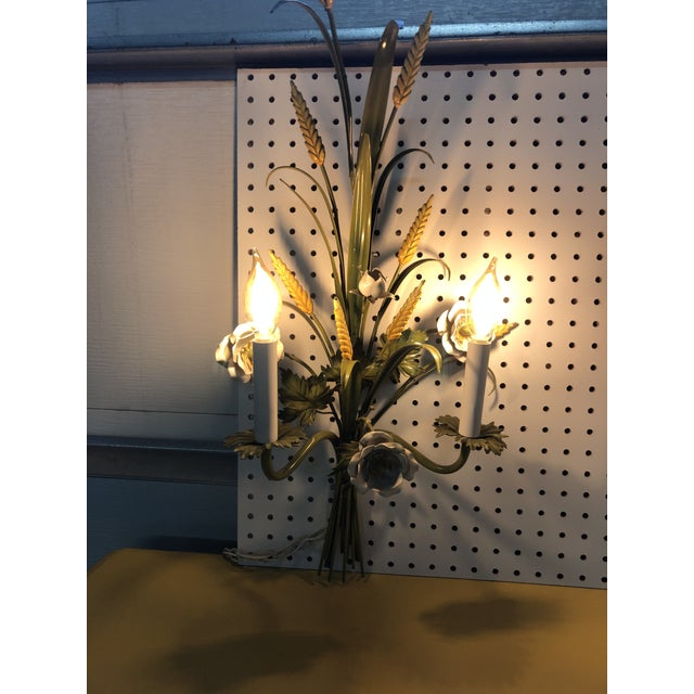 Pair of Italian Tole Painted Green Floral Sconces , Circa 1960's For Sale In Chicago - Image 6 of 7