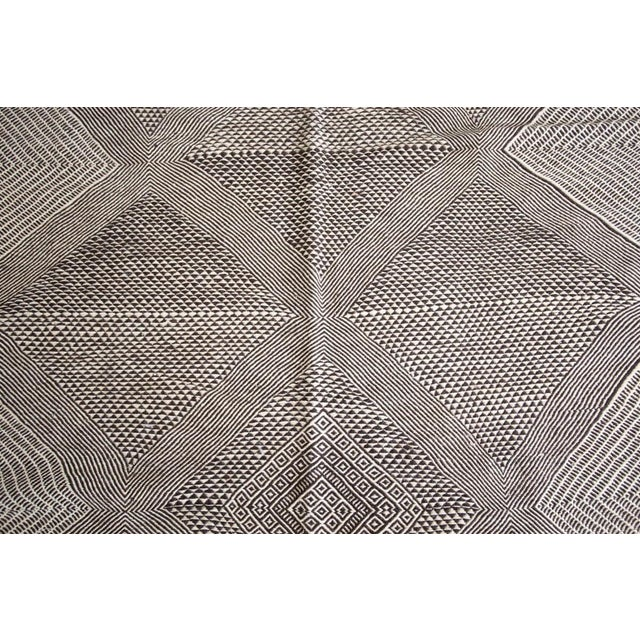 Berber Tribes of Morocco Double-Sided Natural Wool Zanafi Flat-Woven Moroccan Rug For Sale - Image 4 of 8