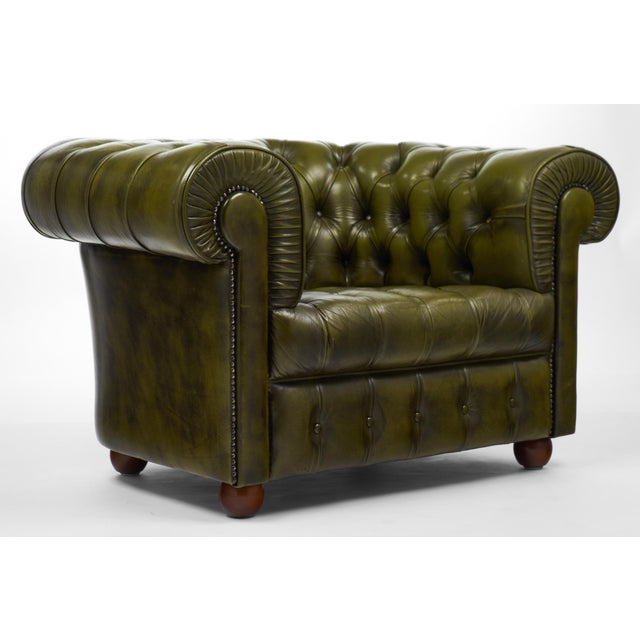 1960s Vintage Chesterfield Green Leather Club Chair For Sale - Image 5 of 11