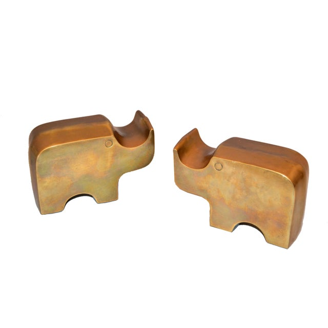 Mid-Century Modern Bronze Rhinoceros Bookends in the Manner of Fratelli Mannelli For Sale - Image 10 of 11