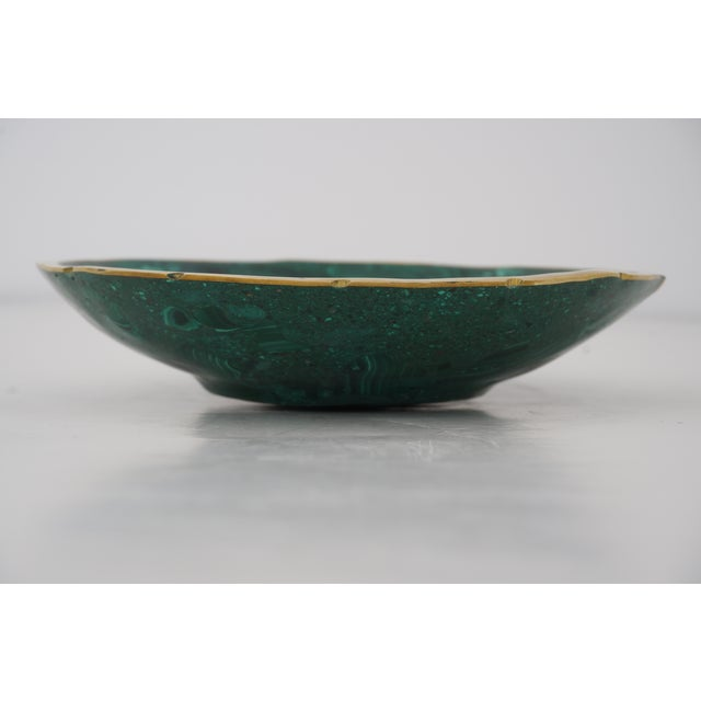 Vintage Round Malachite Dish With Scalloped Brass Rim For Sale In West Palm - Image 6 of 9