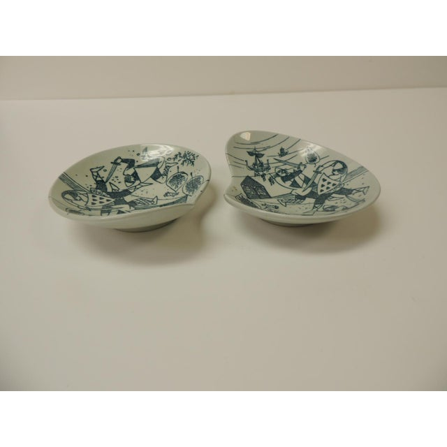 "Vintage small candy/peanut porcelain dishes Size: 5"" L x 4"" W x 1/2"" H."