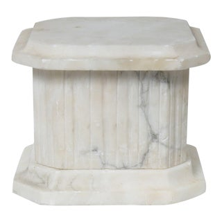 Early 20th Century Alabaster Pedestal For Sale