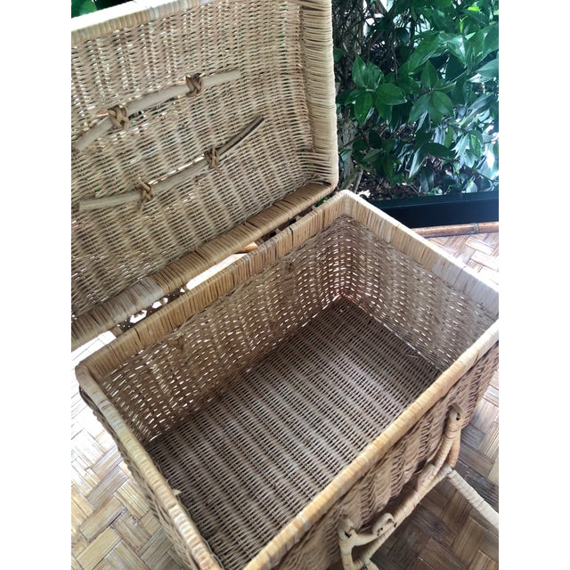 20th Century Boho Chic Natural Woven Wicker Picnic Basket For Sale - Image 9 of 11