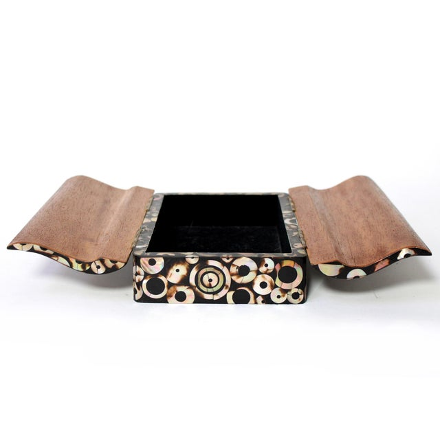 1990s R & Y Augousti Paris Mother of Pearl & Wood Box, 90s For Sale - Image 5 of 10