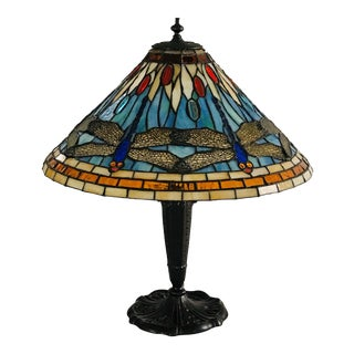 20th Century Stained Glass and Bronze Table Lamp in the Style of Tiffany For Sale