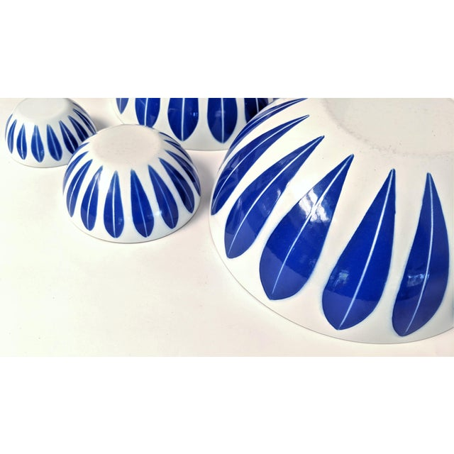 Blue Catherineholm Blue and White Nesting Bowls - Set of 4 For Sale - Image 8 of 10