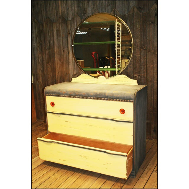 Vintage Distressed Art Deco Waterfall Dresser & Mirror - Image 8 of 11