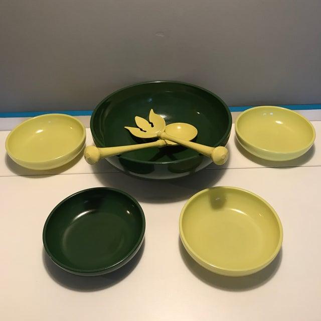1930s Vintage Hazel Atlas Green & Yellow Salad Serving - Set of 5 For Sale - Image 10 of 13