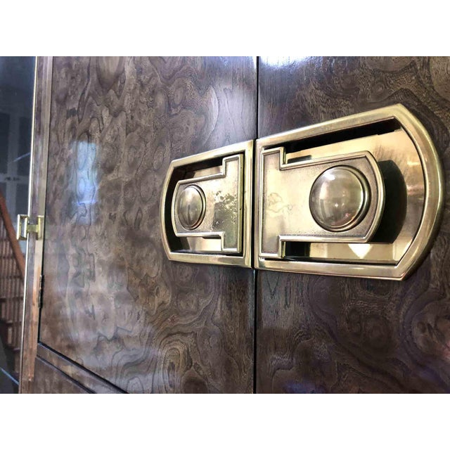 Mastercraft Mastercraft Laquered Burl and Brass Lighted Bar Cabinet For Sale - Image 4 of 13