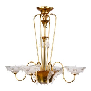"French Art Deco ""Icicle"" Glass Chandelier by Ezan, 1930s"