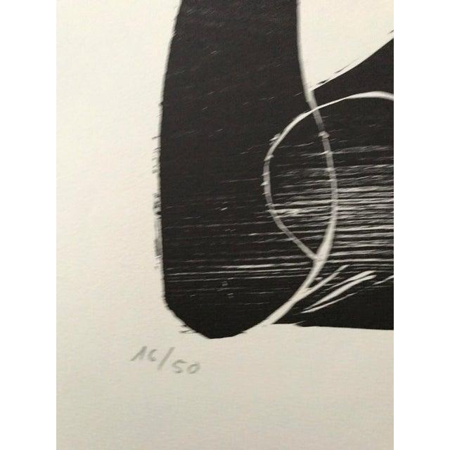 Purple 1966 - Waltraud Zeisig - Signed Linocut 'Dame'Mit Vogel' For Sale - Image 8 of 10
