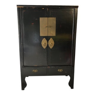Early 20th Century Chinese Black Lacquer Cabinet For Sale