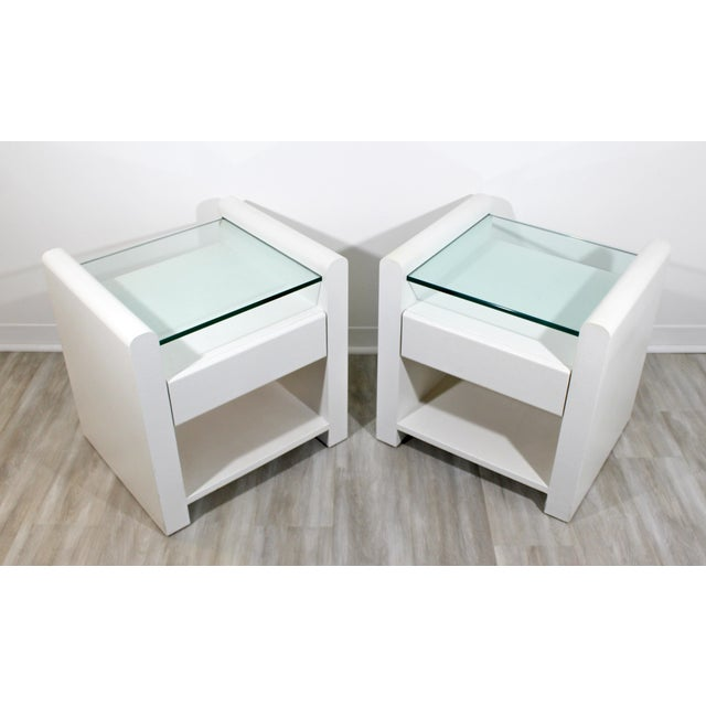 1980s Contemporary Modern White Lacquer & Glass Nightstands End Tables - a Pair For Sale - Image 4 of 9