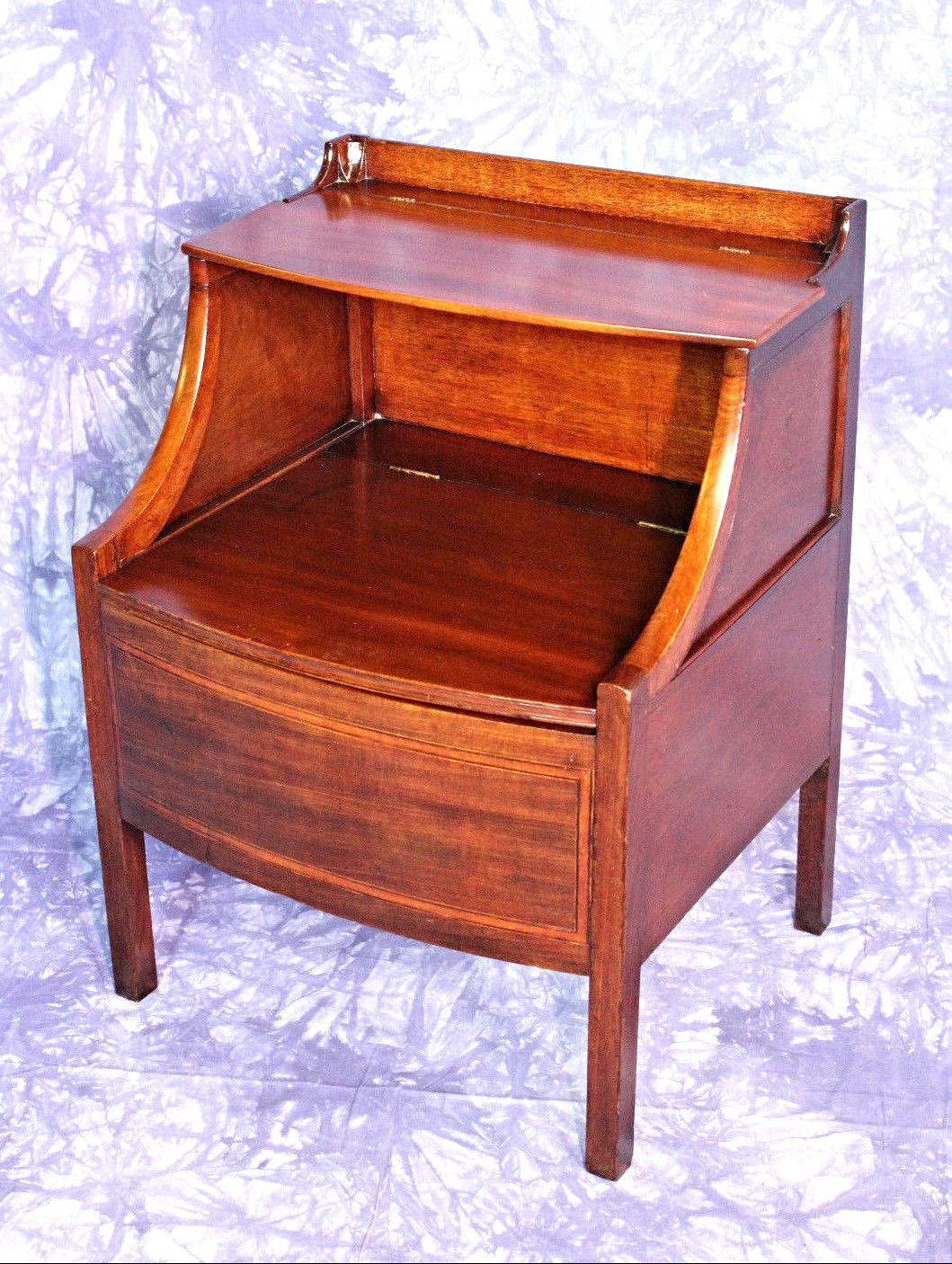 1840 Antique English Mahogany Commode Nightstand End Side Table Cabinet    Image 9 Of 9