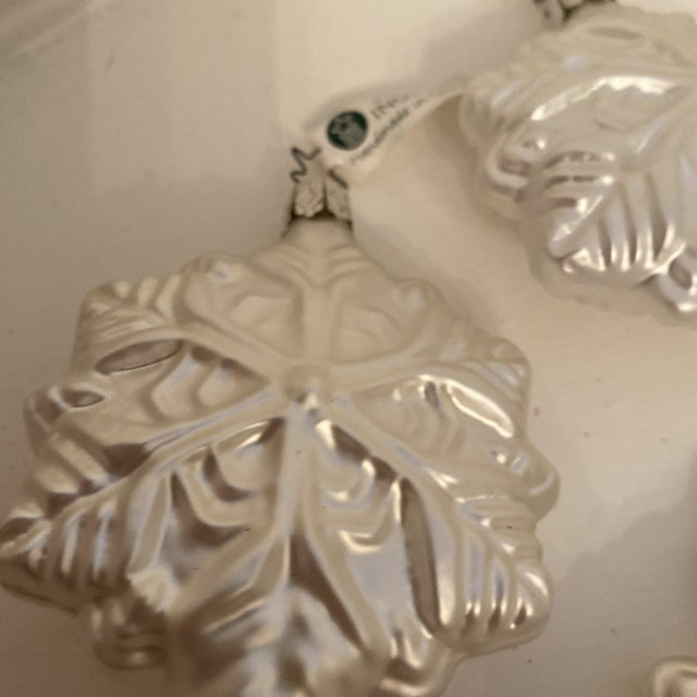 Inge Glass Snowflake Ornaments - Set of 6 For Sale In Sacramento - Image 6 of 13