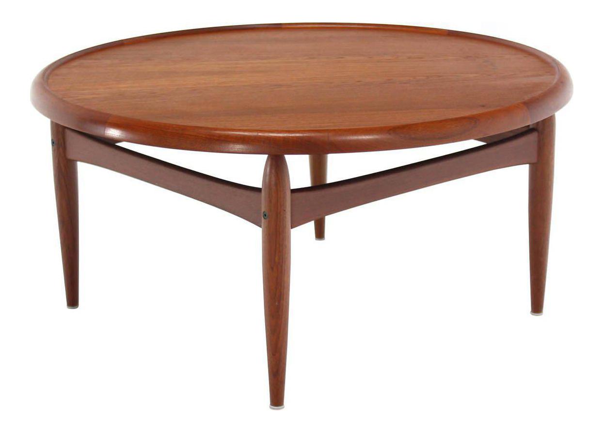 Attrayant Reversible Flip Top Danish Modern Round Teak Coffee Table For Sale