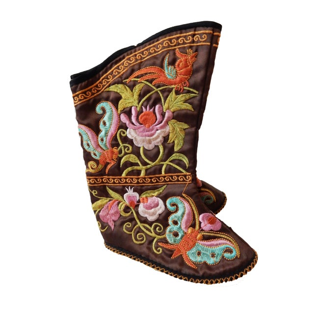 Chinese Embroidered Baby Boots For Sale