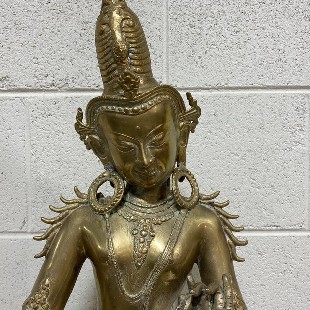 Metal Large Brass Hindu Statue Devi Parvarti For Sale - Image 7 of 13