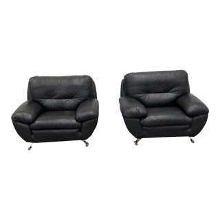 Mid-Century Modern Black Leather Club Chairs - a Pair For Sale